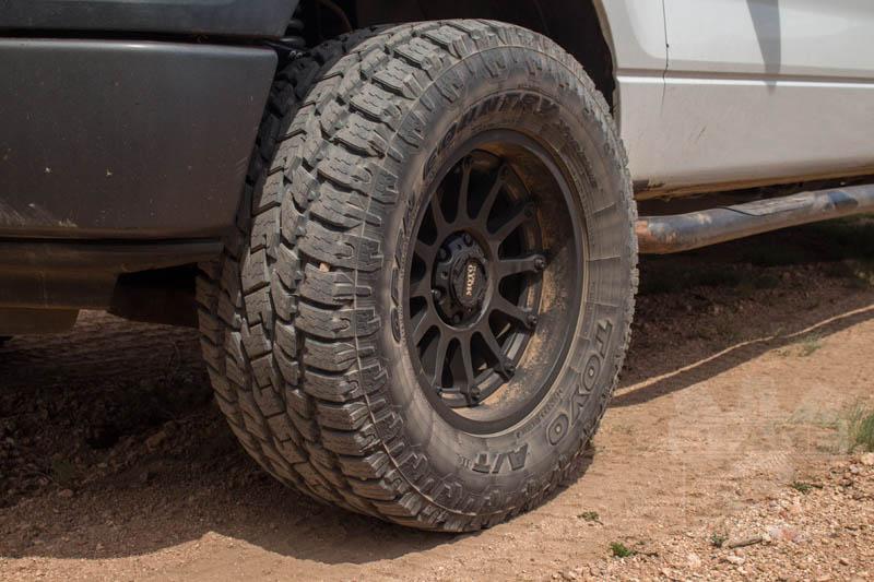 Lt325 60r18 Toyo Open Country A T Ii All Terrain Tire