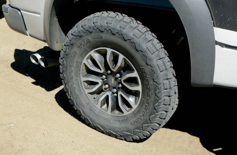 325 60r20 Bf Goodrich All Terrain T A Ko2 Off Road Tire