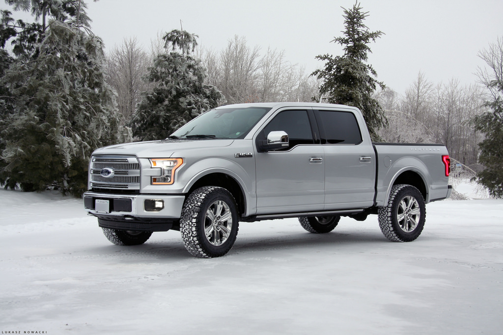 2015 f150 platinum with 2 leveling kit 3 rear block and 35 tires