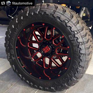 "1999-2018 F250 XD 820 20x10"" Satin Black Milled w/ Red ..."