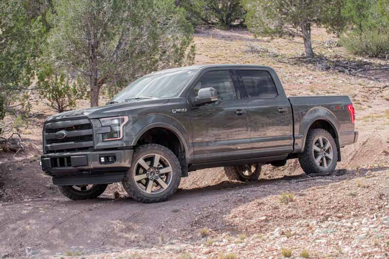 Amp Running Boards >> 2015-2018 F150 AMP Research PowerStep Plug-N-Play Running Boards w/ Light Kit