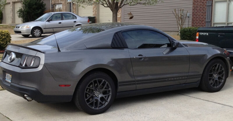 2005 2014 Mustang Cervini S Quarter Window Covers 4334
