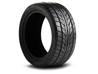 225/35ZR20 Nitto NT555 Summer Ultra High Performance Tire