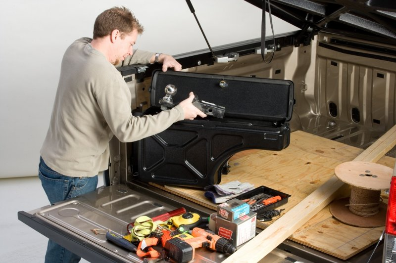 2007 Ford F150 Lariat >> 2015-2020 F150 Undercover Swing Case Storage Box ...