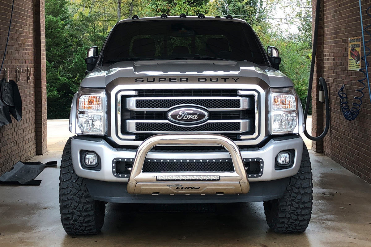 2011 2016 F250 Super Duty Lund Bull Bar W 20 Quot Led Light