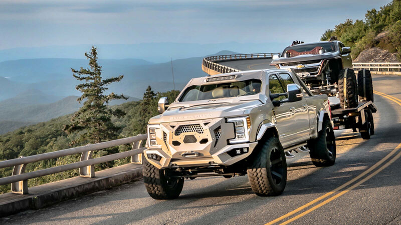Just Added: 2017-2018 F250 & F350 Kits by Fab Fours!