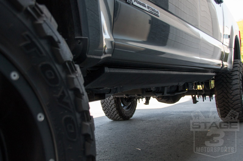 Power Running Boards >> 2017 2019 F250 F350 Amp Research Powerstep Plug N Play Running Boards 76235 01a