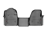 2017-2019 F250 & F350 Regular Cab WeatherTech Over-Hump FloorLiner - Black (Fits Models w/out 4WD Floor Shifter w/ Vinyl Flooring)