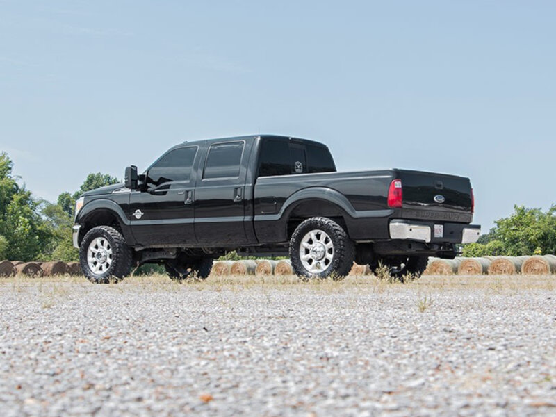 """1.5 Leveling Kit F150 >> 2005-2019 F250 & F350 Rough Country 2"""" Spacer Leveling Kit 514"""