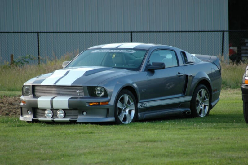 2005 2009 mustang cervini 39 s c series body kit w side. Black Bedroom Furniture Sets. Home Design Ideas