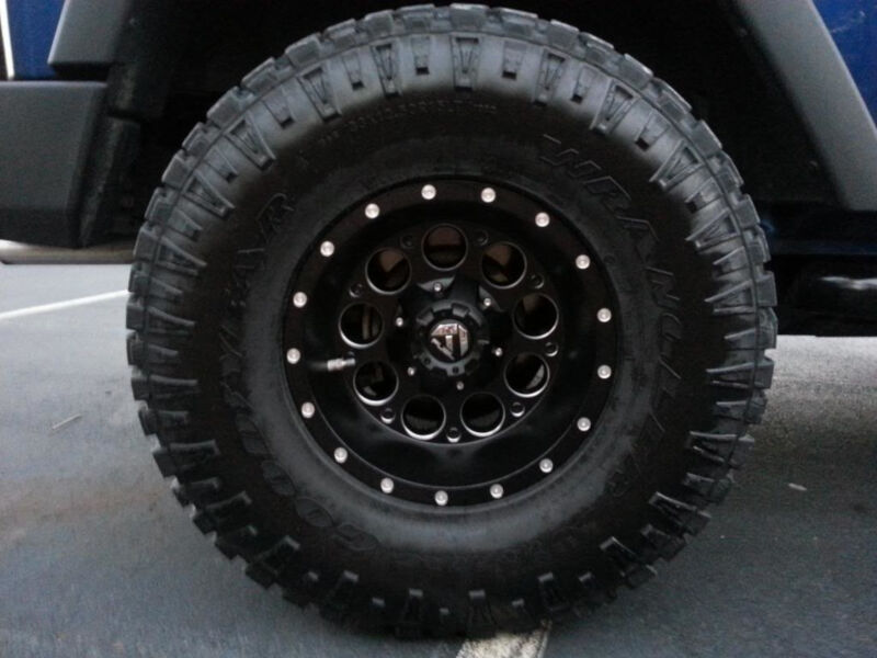 """F150 Custom Wheels >> 1997-2003 F150 Fuel Revolver 18x9"""" D525 Wheel (5x135mm/-12mm Offset) Black Milled D52518909545"""