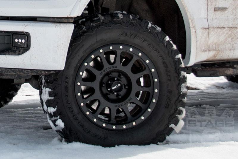 lt305 65r18 bf goodrich all terrain t a ko2 off road tire. Black Bedroom Furniture Sets. Home Design Ideas