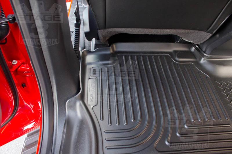 Supercab Husky Weatherbeater Rear Seat