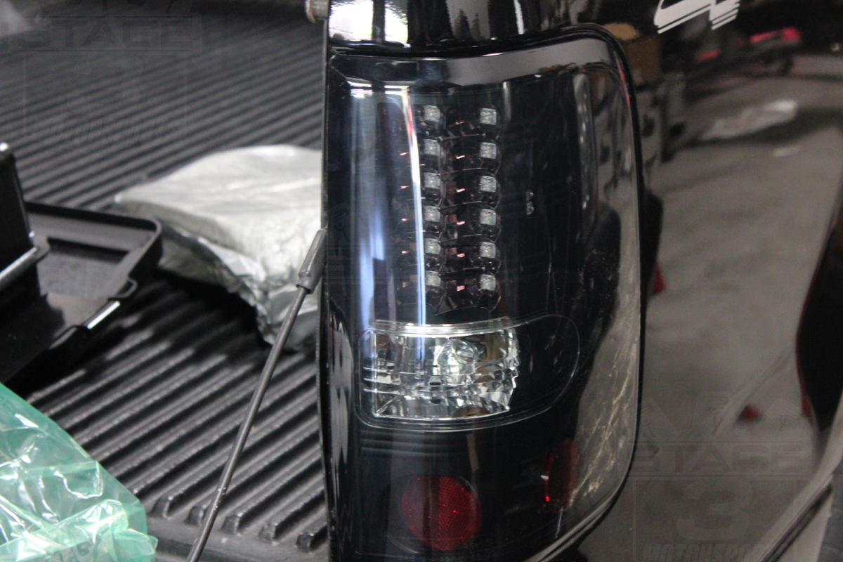 Recon Taillight Install on 2004 Red Ford F 150