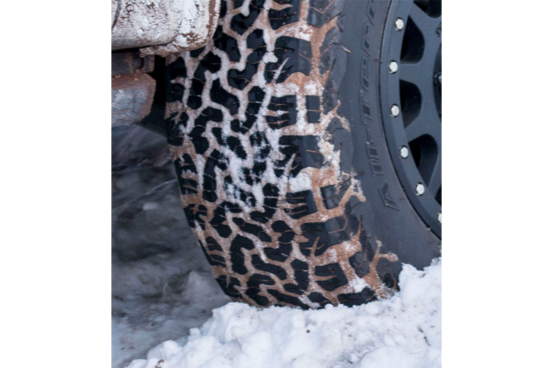 P255 70r18 Toyo Open Country A T Ii All Terrain Tire Toy352250