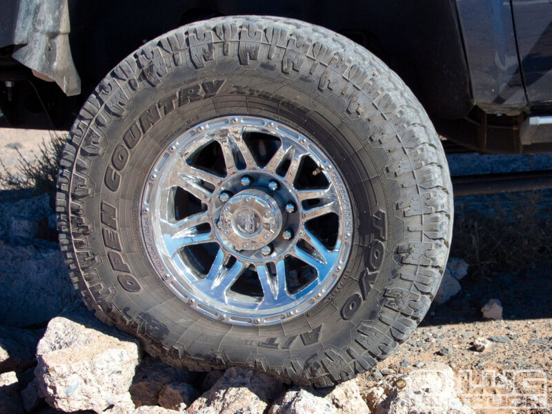 lt275/65r18 toyo open country a/t ii all-terrain tire toy352490
