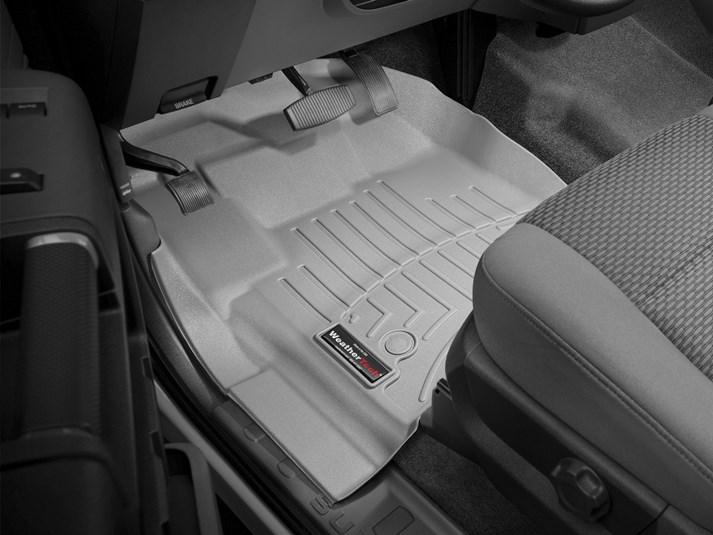 1992 Passenger /& Rear 1993 Geo Storm Beige Loop Driver 1991 GGBAILEY D4262A-S1A-BG-LP Custom Fit Automotive Carpet Floor Mats for 1990