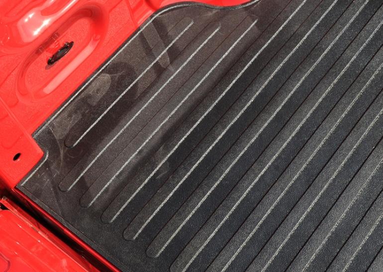 2015-2018 F150 DeeZee Heavyweight Bed Mat (6.5 Ft. Bed) DZ-87006
