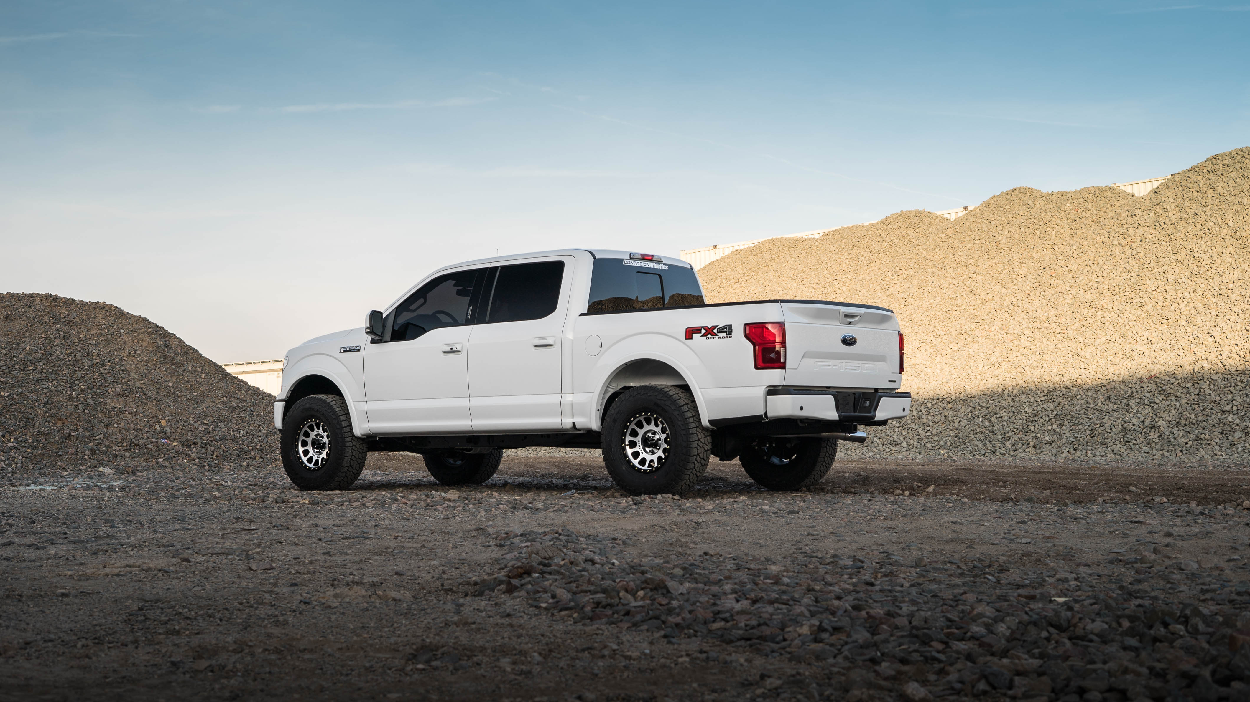 Best Tires For F150 >> 2018 F150 with 2.5-in Leveling kit and 35-in Tires